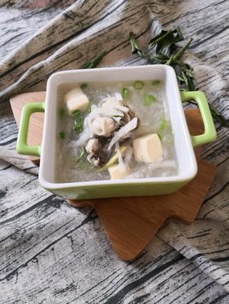 蛎蝗萝卜豆腐汤的做法