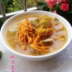 鲜虫草花鱼头汤的做法