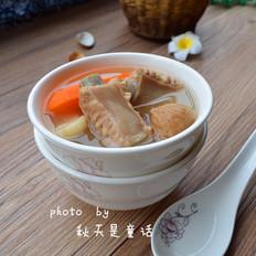 胡萝卜无花果排骨汤