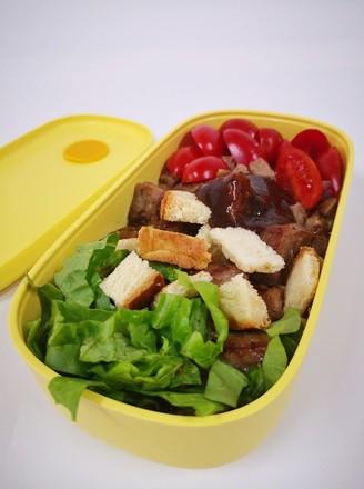 牛排吐司沙拉的做法