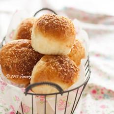 炼奶椰蓉小面包