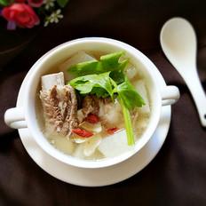 白萝卜排骨百合汤