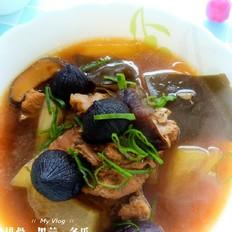 黑蒜排骨浓汤