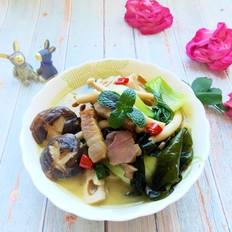 砂锅腊肉炖杂疏
