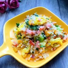 米饭蔬菜鸡蛋炒饭
