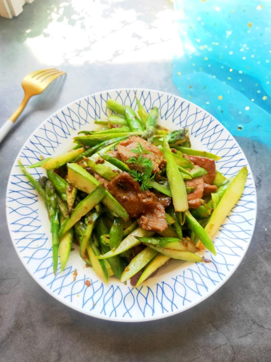 瘦肉炒芦笋