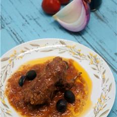 希腊风味炖鹌鹑配橄榄