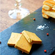 法式鹅肝酱配黄油面包