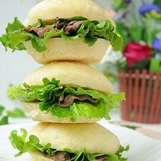 中西合璧的美味早餐——黑胡椒牛肉馒头夹