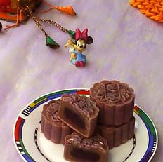 紫心莲蓉月饼