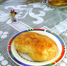 奶香芋丝面包