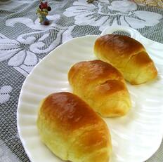 黄油卷面包