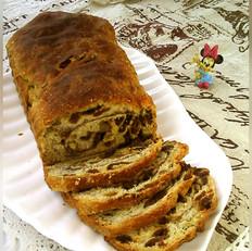 葡萄干核桃肉桂面包卷