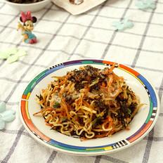 银鱼海苔胡萝卜炒方便面