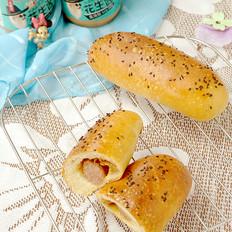 花生酱芝士牛肉肠面包