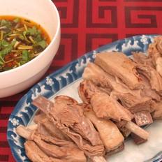 不去新疆也能吃到手抓羊肉