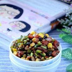彩蔬肉末炒蒜苔