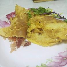 鸡蛋包番茄酱炒饭