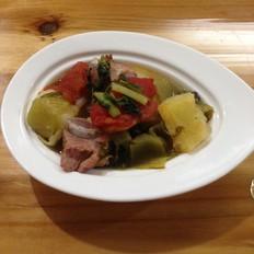 酸菜土豆排骨煲