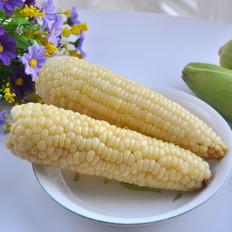 新上市的糯玉米