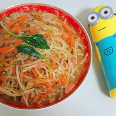 豆芽炒胡萝卜火腿丝
