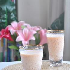 美味的木瓜椰汁西米露
