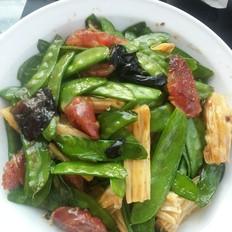 腊肠腐竹荷兰豆