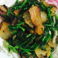 豌豆尖炒腊肉