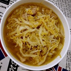 酸菜炖土豆丝