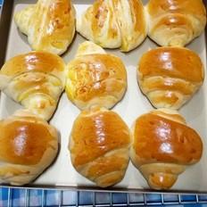 黄油红薯陷面包卷