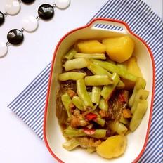 猪肉土豆炖芸豆