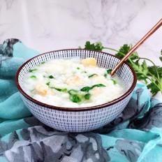 鲜贝虾仁蔬菜粥