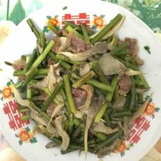 腊肠炒蒜苔