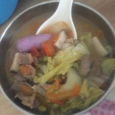蔬菜年糕汤