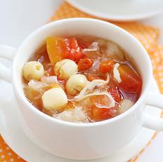 银耳木瓜莲子汤