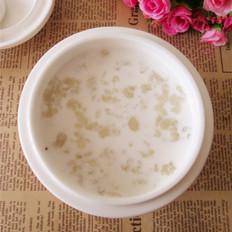 蔓越莓牛奶炖雪蛤