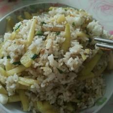土豆丝炒饭