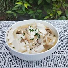 平菇豆腐汤的做法大全