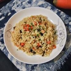 午餐肉杂蔬炒饭