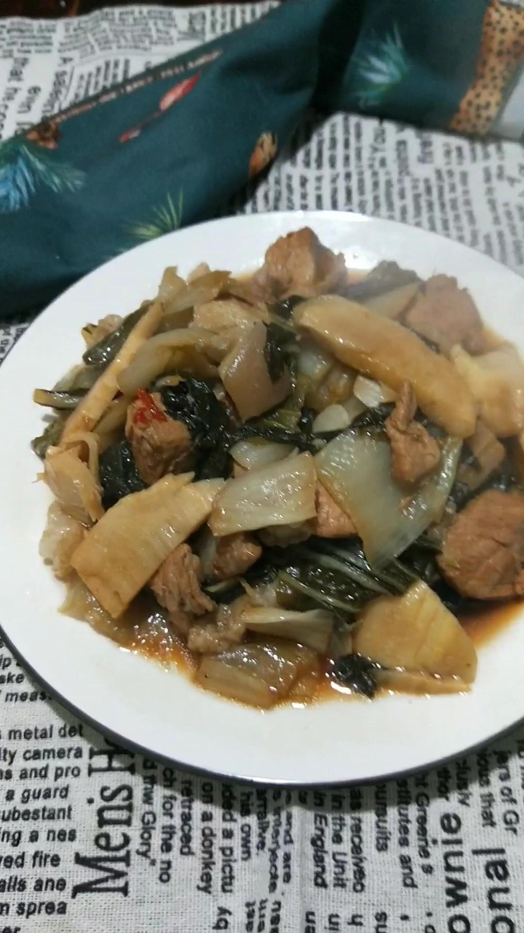 咸菜冬笋炖肉的做法