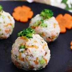 宝宝辅食:虾仁什锦饭团