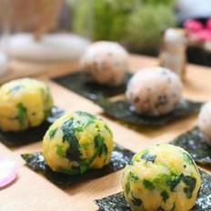 三文鱼蛋黄饭团  宝宝健康食谱