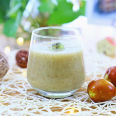 猕猴桃鲜枣奶昔  10个月以上