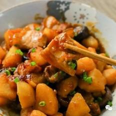 金钱菇焖土豆【宝宝辅食】的做法