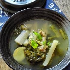 砂锅炖酸萝卜老鸭汤