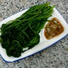 菠菜沾虾皮辣椒酱
