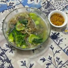 羊肉青菜汤