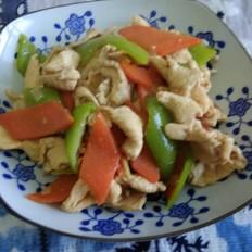 尖椒炒鸡肉晚餐