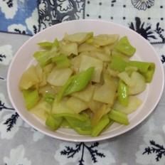 凉薯炒尖椒