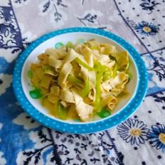 尖椒炒干豆腐午餐